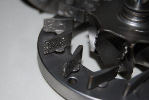 Uszkodzona zmienna geometria poprzez za wysoką temperaturę spalin.